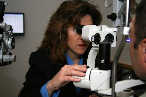 The optometrist in Lone Tree, CO also provides eye care services in Littleton, Highlands Ranch, Parker and Castle Rock.